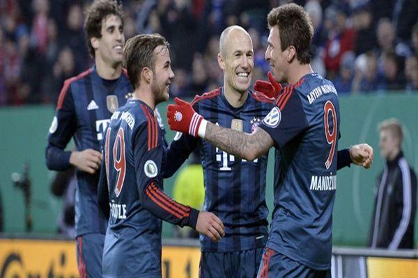 Mandzukic hattrick yaptı, Münih fark attı