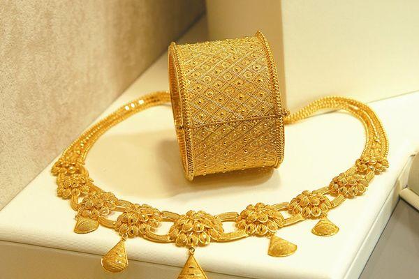 Altın fiyatları yeniden yükselişe geçti