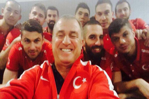 A Milli Takım'da 'Selfie' modasına uydu