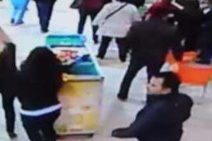 Antalya'daki deprem anı kameralara yansıdı