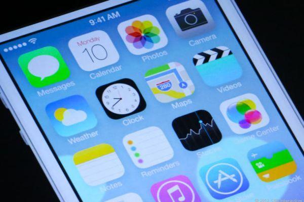 Apple iOS 7 güncellemesi ile sürpriz yaptı