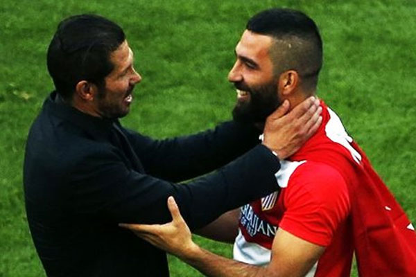 Arda Turan ayrılıyor mu,Simeone açıkladı