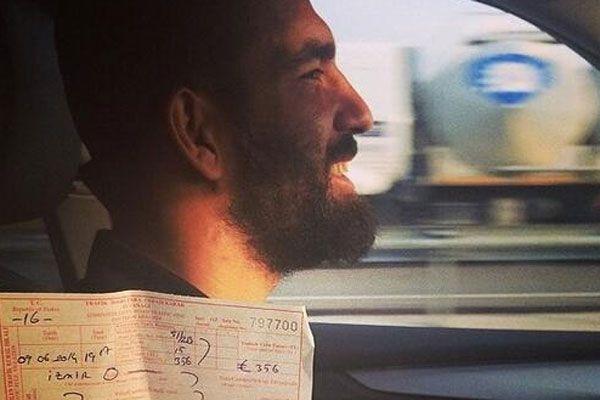 Arda Turan trafik cezasını yedi
