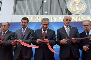 Arınç, MÜSİAD Manisa Şubesi'nin açılışına katıldı