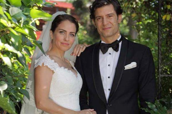 Oyuncu Aslı Tandoğan evlendi