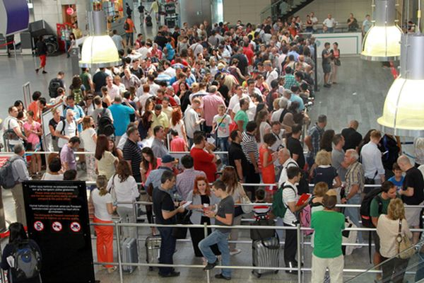Atatürk Havalimanı son 24 saatte rekor kırdı