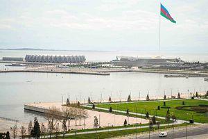 Azerbaycan'da 2014'ün üçte biri tatil