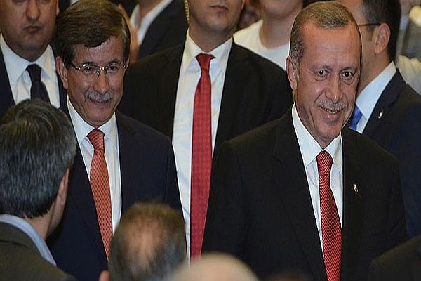 Ahmet Davutoğlu için kaç AK Partili imza verdi?