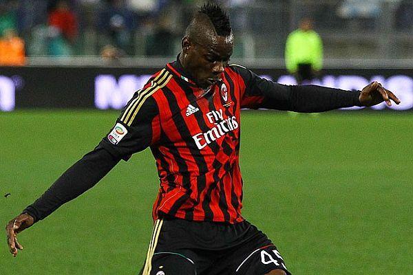 Balotelli'ye ırkçı saldırı