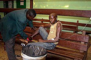 Bangui Hastanesi yaralılarla dolup taşıyor