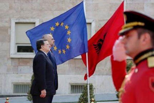 AB Komisyonu Başkanı Barroso ifade verdi