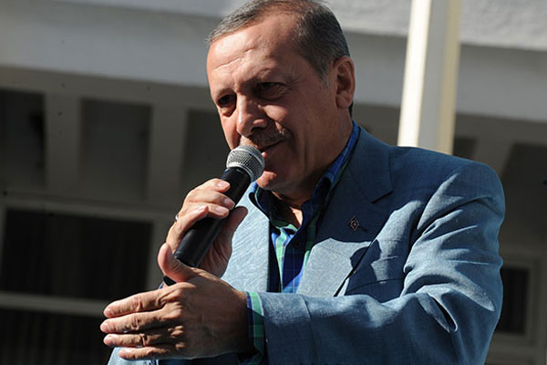 Başbakan Erdoğan'ın helikopteri kaza atlattı
