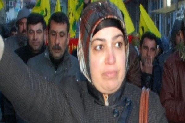 BDP'li Başkan yardımcısı bıçaklı saldırıya uğradı