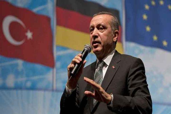 Erdoğan, 'İstifa et diyenler uzakta kalmasın'