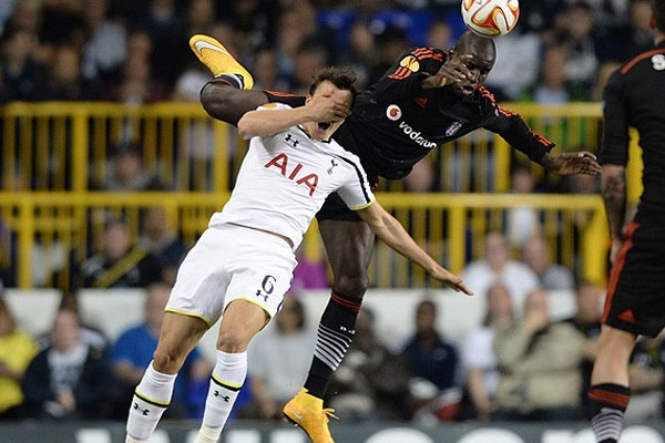Beşiktaş Londra'da 1 puana razı oldu