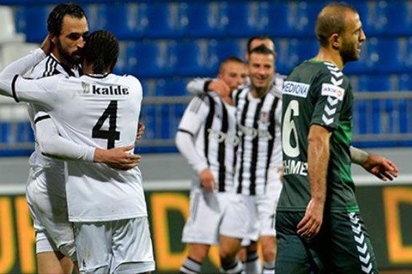 Beşiktaş'ta 4 oyuncu sınırda