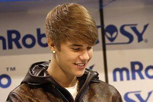 Justin Bieber bu kez Toronto'da gözaltına alındı