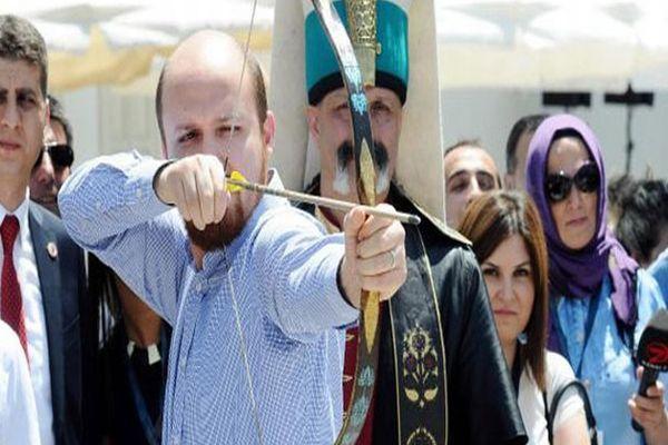 Bilal Erdoğan, 'ya hak' diyerek ok attı