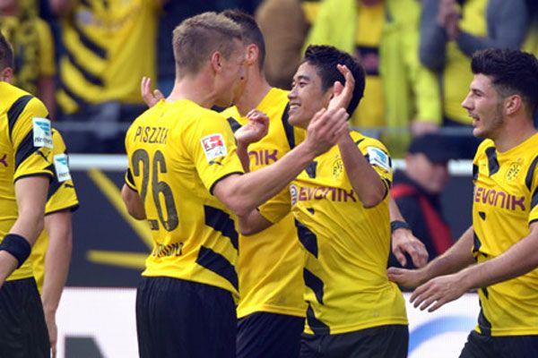 Borussia Dortmund kendi evinde rahat kazandı