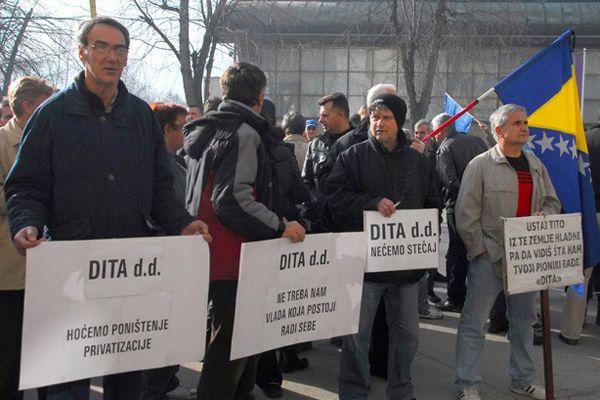 Bosna Hersek'teki protestolar devam ediyor