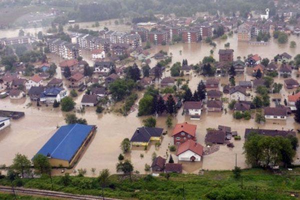 Bosna'da olağanüstü hal sona erdi