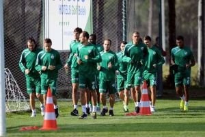 Bursaspor'u yoğun bir maç programı bekliyor