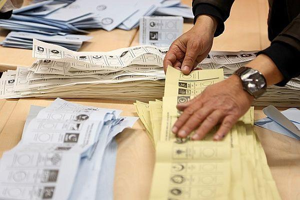 AK Parti Çaycuma için İlçe Seçim Kuruluna başvurdu