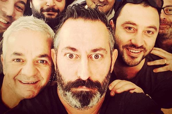 Selfie modasına ünlü komedyen Cem Yılmaz da uydu