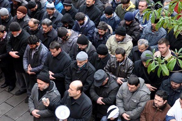Muhammed Kutub için gıyabi cenaze namazı kılındı