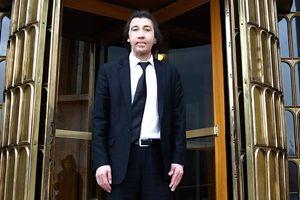 Cengiz Gül, yeni yüzüyle Meclis'i ziyaret etti