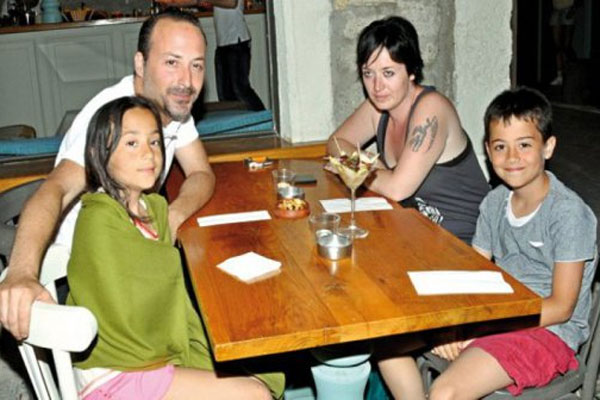 Tolga Çevik, 'Beni ailemle birlikte çekin'