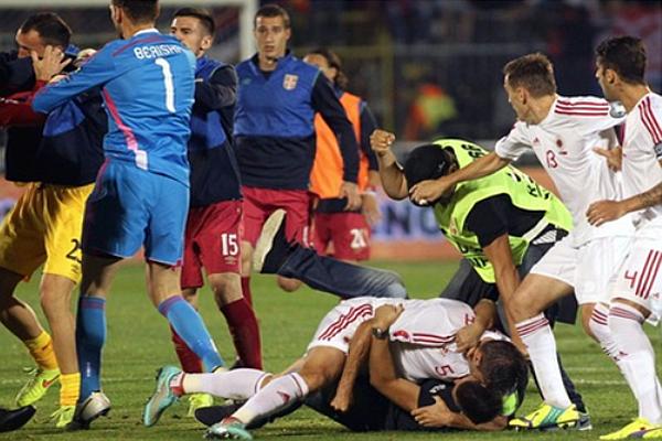 UEFA'dan Sırbistan ve Arnavutluk'a tarihi ceza