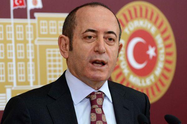 CHP, HSYK Kanunu'nu Anayasa Mahkemesine götürüldü