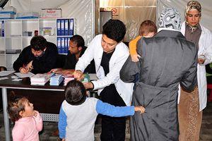 1 milyon 110 bin çocuğa çocuk felci aşısı
