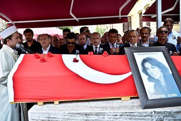 Cenazede Çolpan İlhan'a hakkını helal etmedi