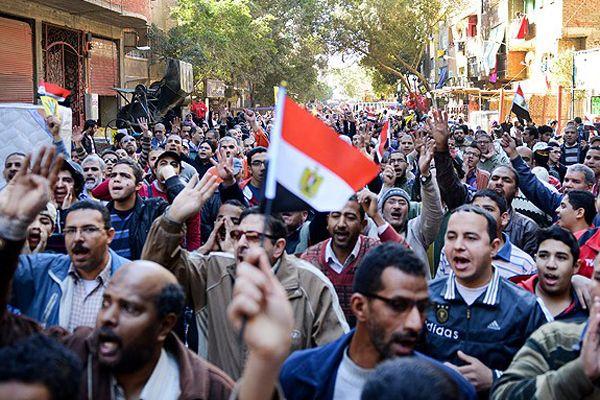 Mısır'da cuma gösterilerine polis müdahalesi