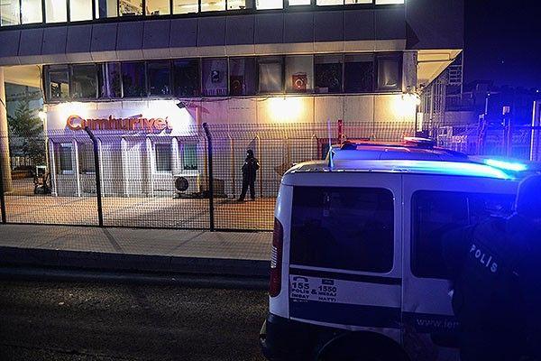 Cumhuriyet gazetesi binasına güvenlik önlemi