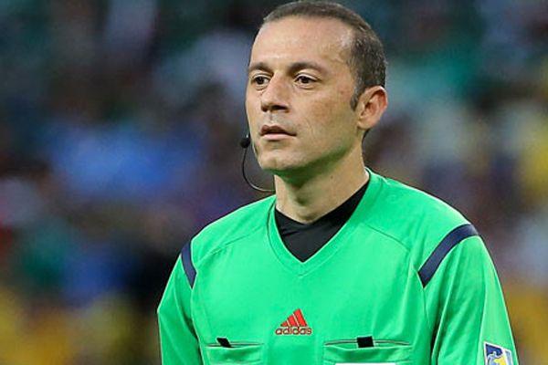 İtalya - Uruguay maçı Cüneyt Çakır'a verilmedi