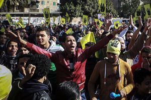 Darbe karşıtları 2013'e gösterilerle veda ediyor