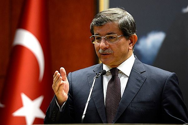 Davutoğlu, 'Cumhurbaşkanını pazarlıklar değil siyaset belirleyecek'