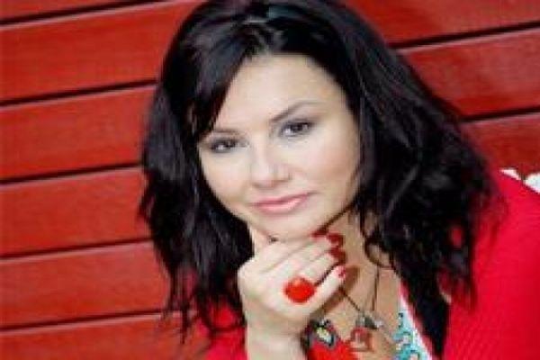 Ünlü şarkıcı Deniz Seki kayıplara karıştı
