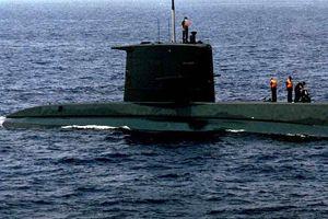 Yunanistan'da denizaltı skandalı