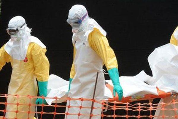 Ebola'dan ölen sayısı 932'ye yükseldi