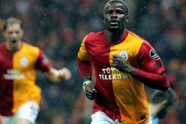 Eboue Galatasaray'dan ayrılıyor