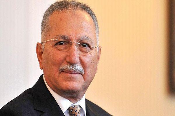 Ekmeleddin İhsanoğlu yeni bir gafa imza attı!