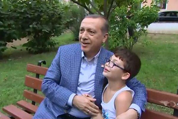 Arda'dan Erdoğan'a, 'Dedem CHP'li ama ben sizi çok seviyorum'