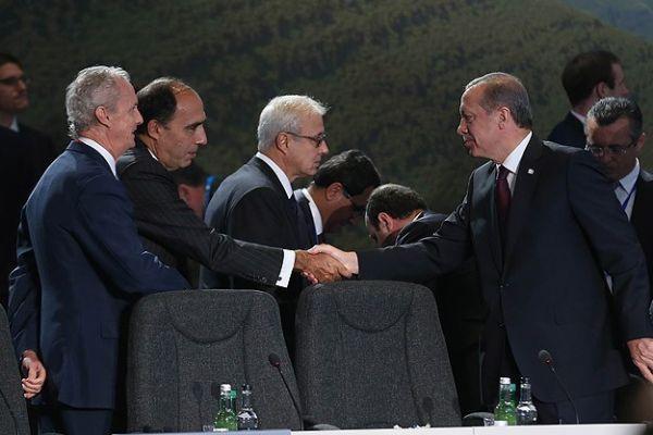 Erdoğan, 'Suriye ve Irak'ta kararlı adımlar atılmalı'