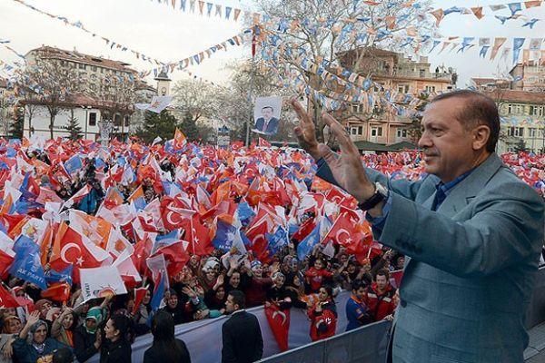 Paralel örgüt CHP ve MHP'yi teslim almış durumda