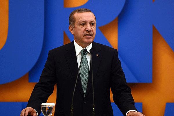 Erdoğan'dan Danıştay açıklaması, 'Bir tiyatro seyrettik'