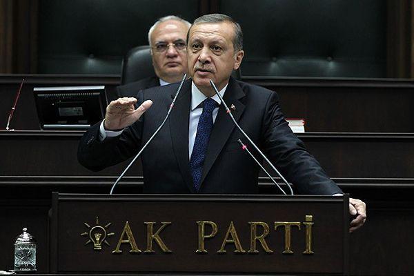 Erdoğan, 'Taksim'den ümidinizi kesin'